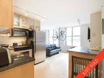 Downtown VW Condo for sale:   420 sq.ft. (Listed 2017-04-13)
